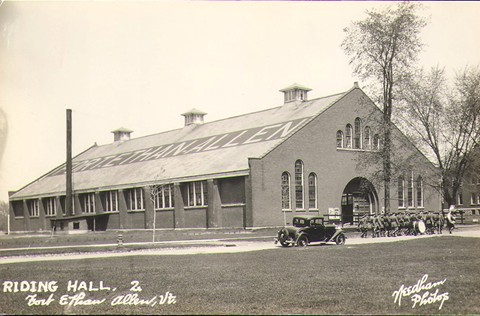 ridinghall1